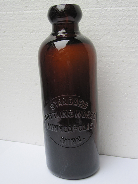 Standard Bottling Works, Minneapolis, Amber Hutchinson Patent
